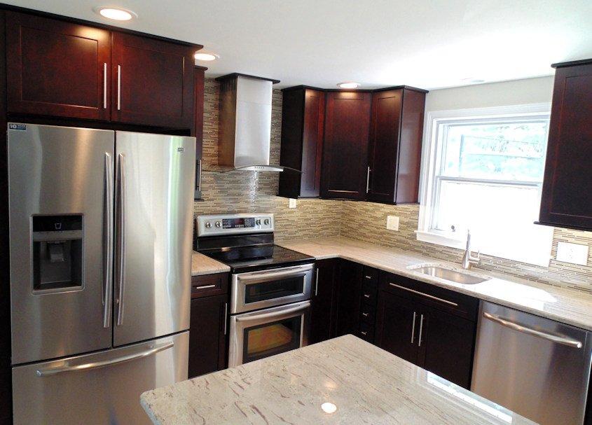 J & M Contractors — Kitchens